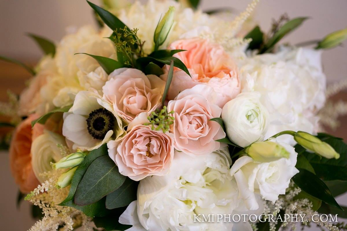 wilmington-wedding-florist-bridal-bouquet