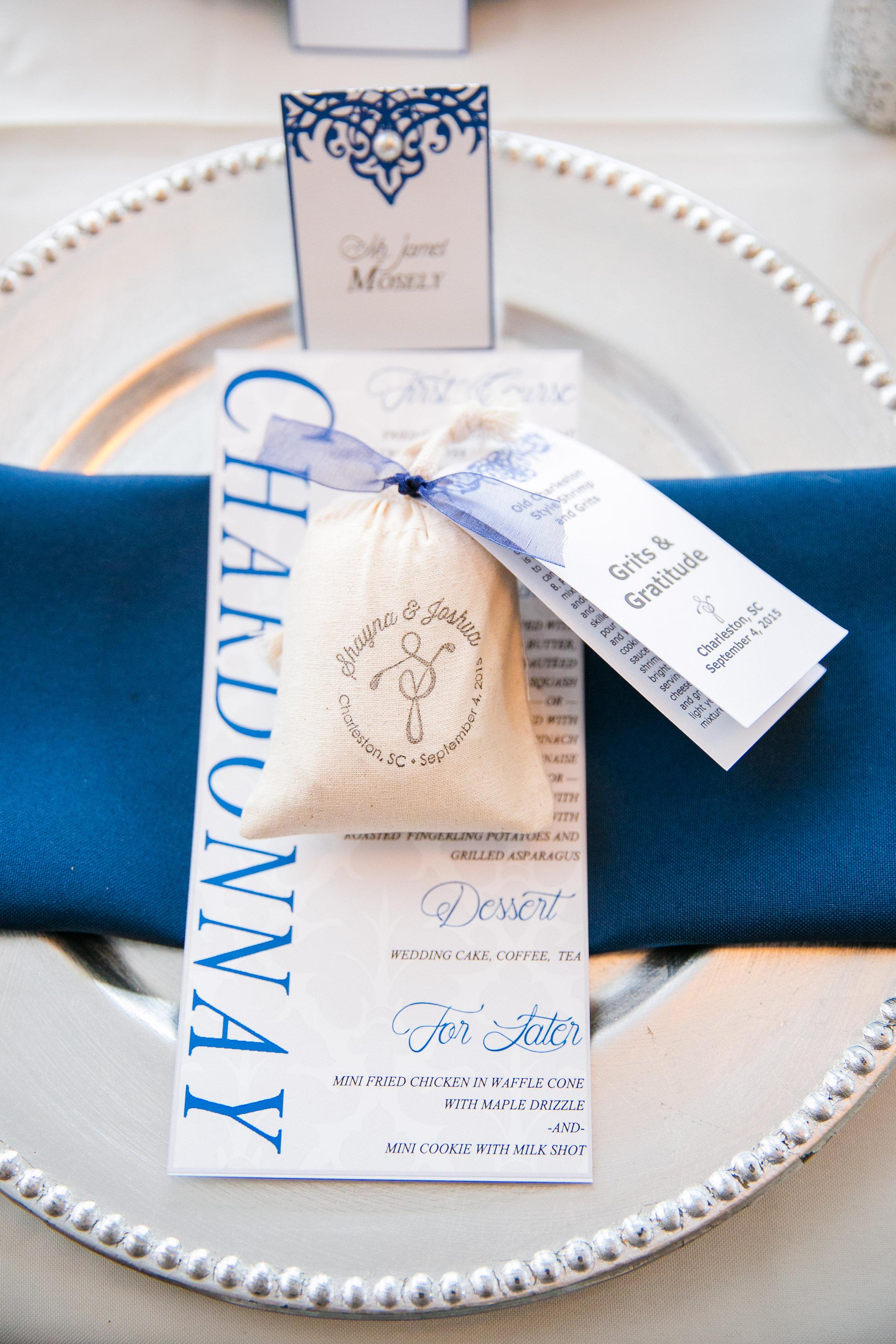 royal-blue-wedding-reception-place-setting
