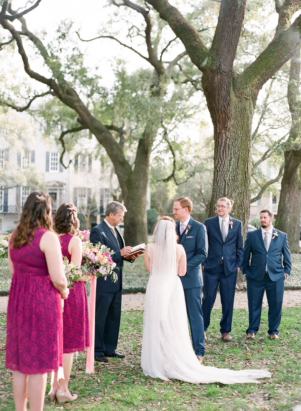 pulaski-square-savannah-wedding-ceremony