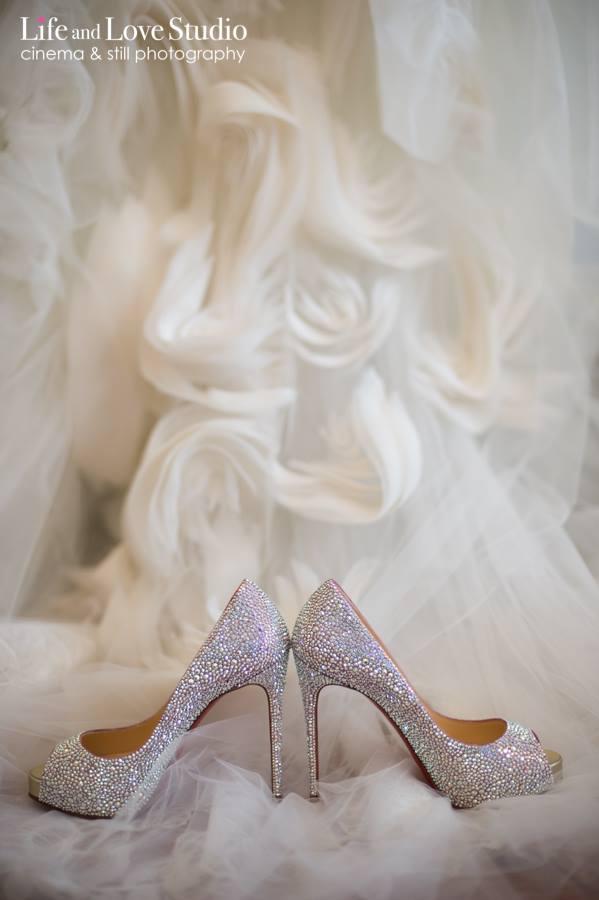 christian-louboutin-wedding-heels-pink-pearl