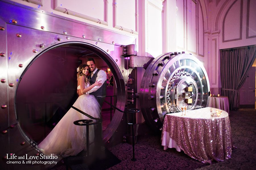 the-vault-treasury-on-the-plaza-historic-st-augustine