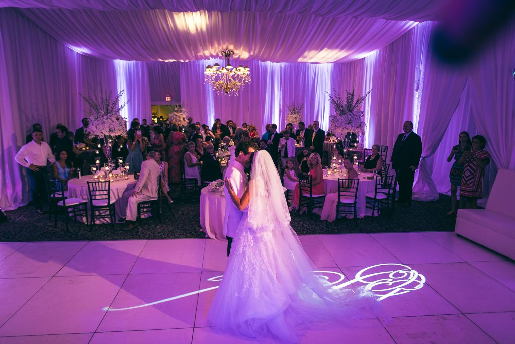Jacksonville-country-club-nc-wedding-reception-a-southern-soiree