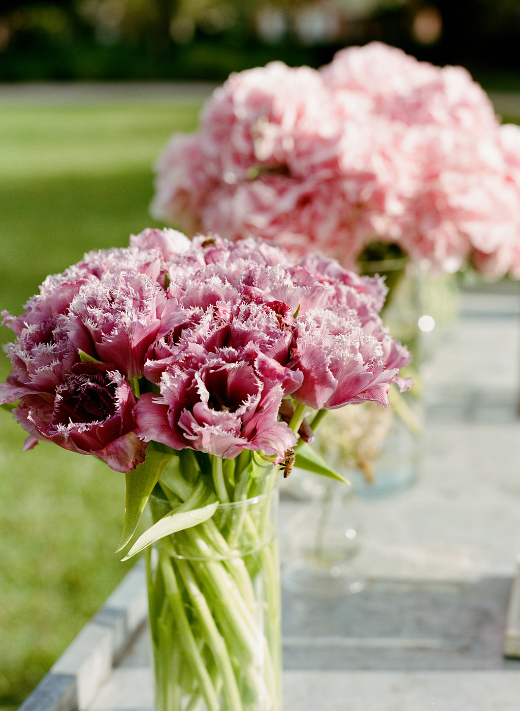 simple-ceremony-florals-fringe-tulips