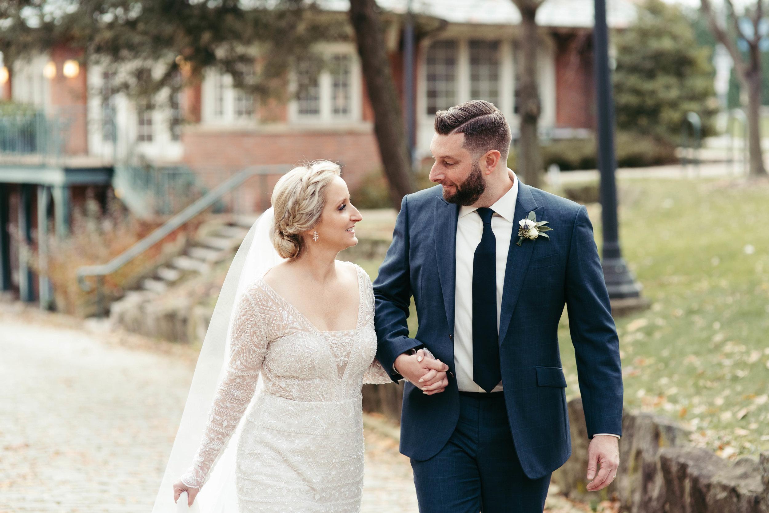 renaissance hotel wedding photos-31.jpg