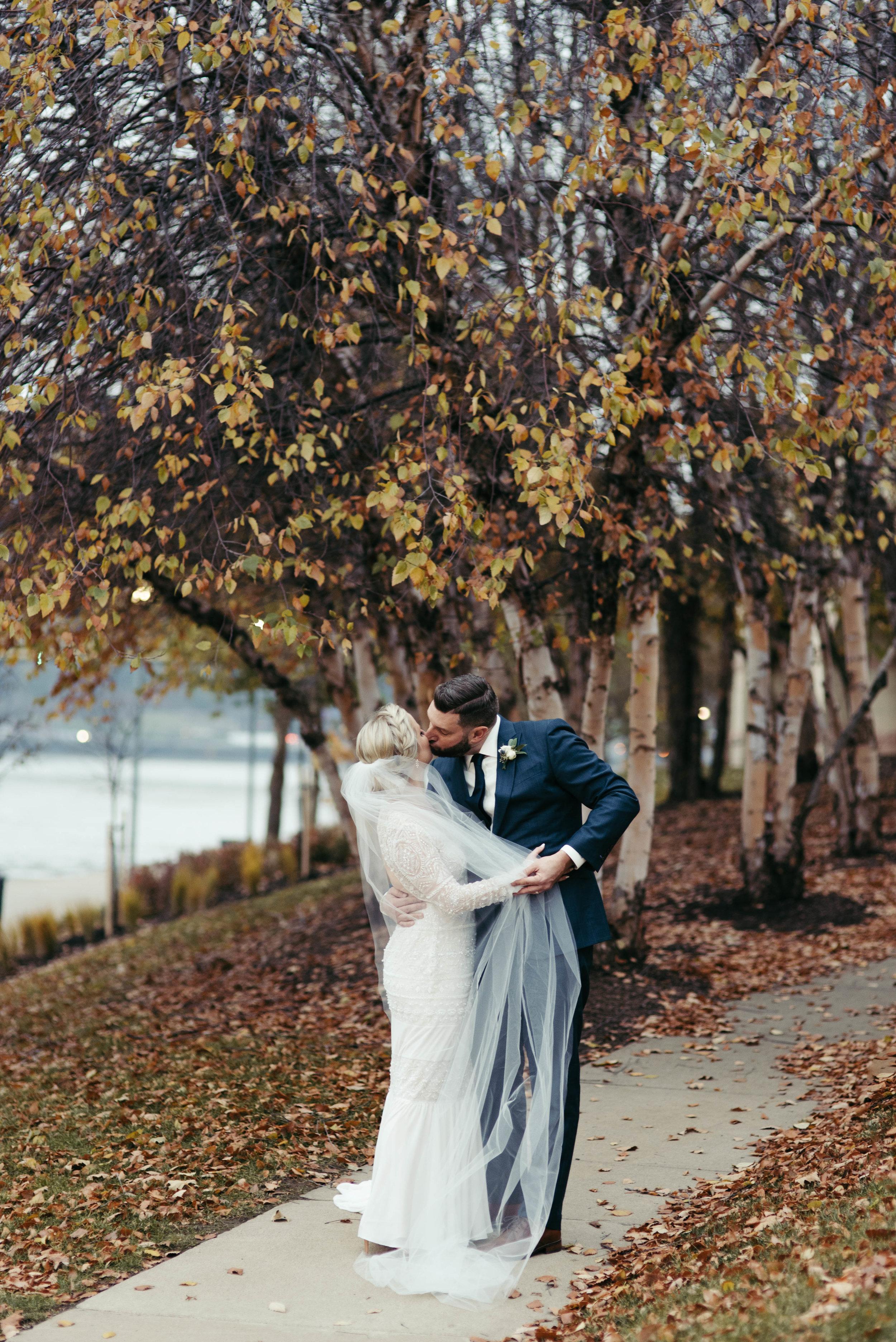 renaissance hotel wedding photos-37.jpg
