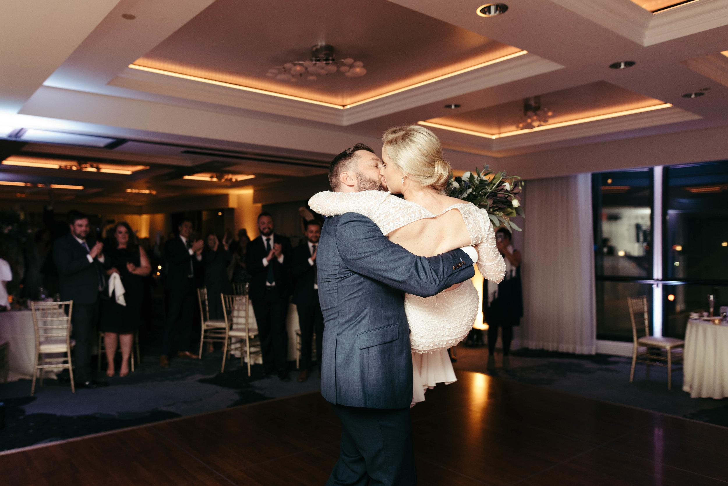 renaissance hotel wedding photos-46.jpg