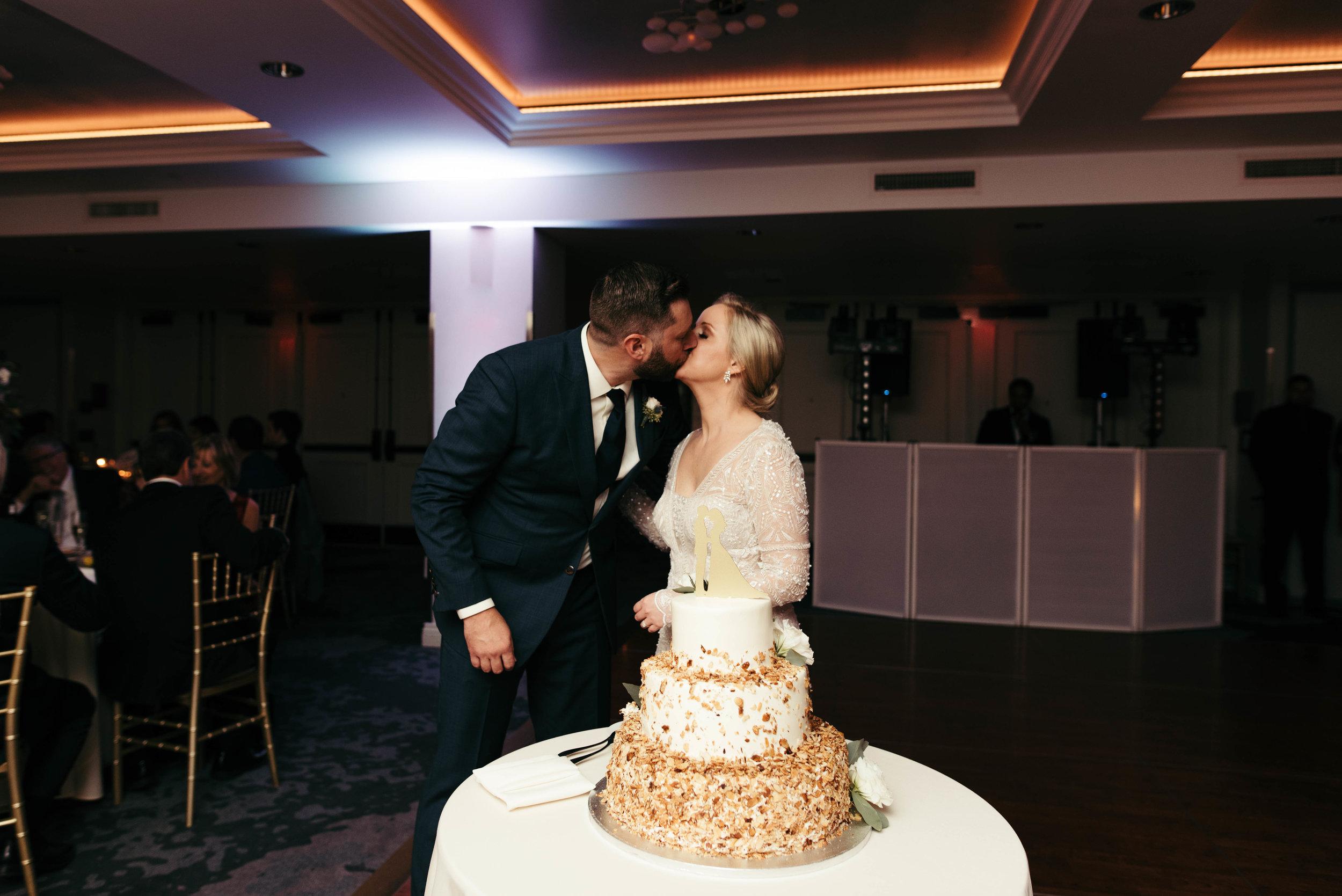 renaissance hotel wedding photos-48.jpg