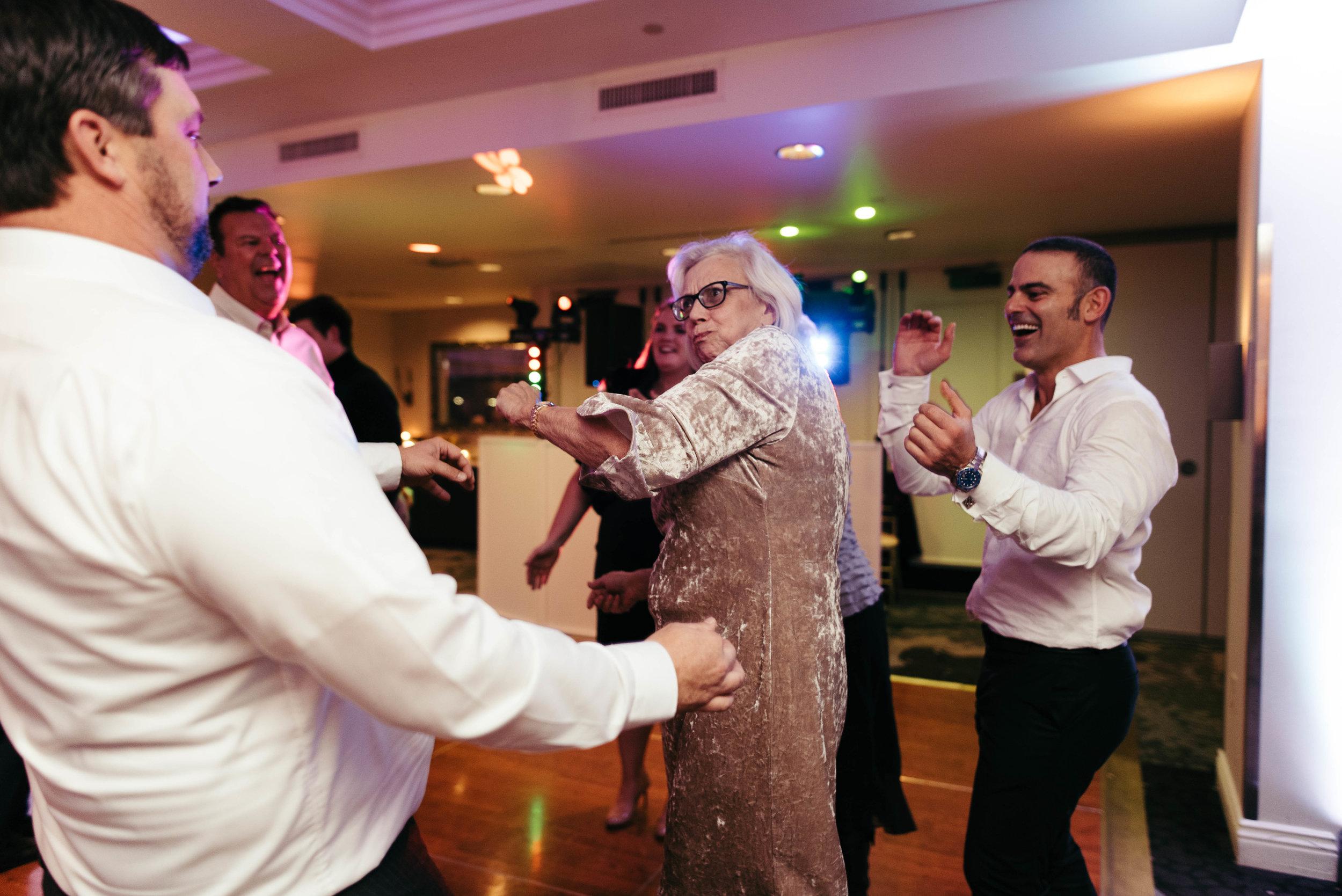 renaissance hotel wedding photos-54.jpg