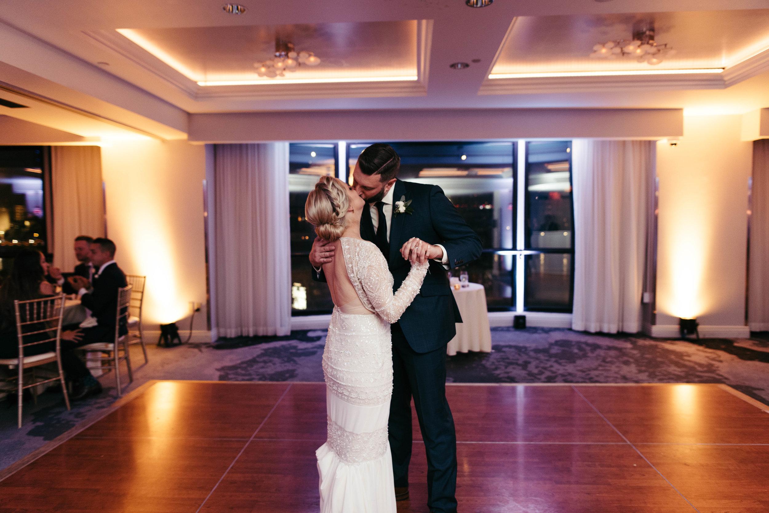 renaissance hotel wedding photos-53.jpg