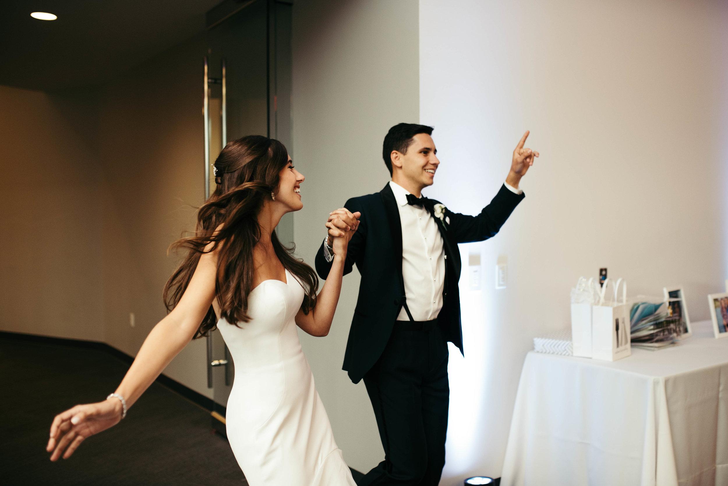 Pittsburgh Science Center Wedding-59.jpg