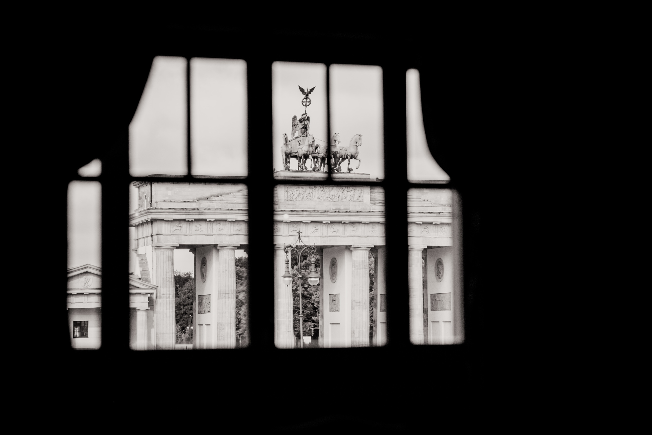 Fran Burrows Hochzeitsfotografie Berlin_Hotel Adlon-37.jpg