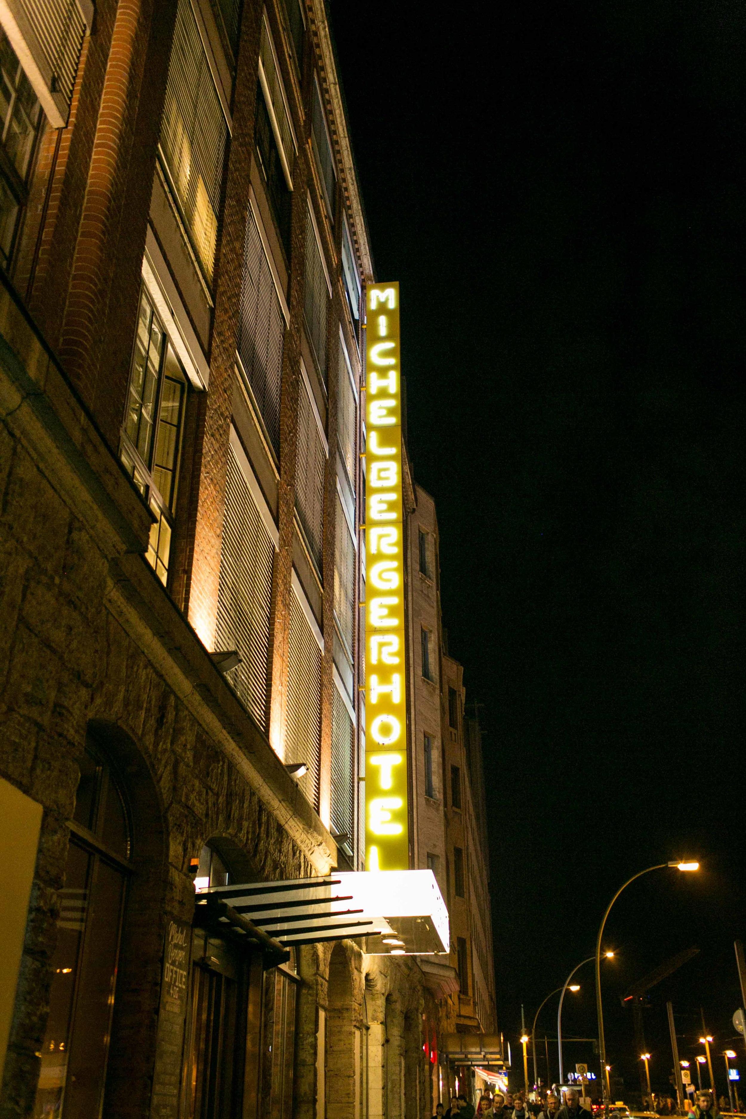 Michelberger Hotel Berlin Hochzeitsfotografie_Fran Burrows Fotografie-111.jpg