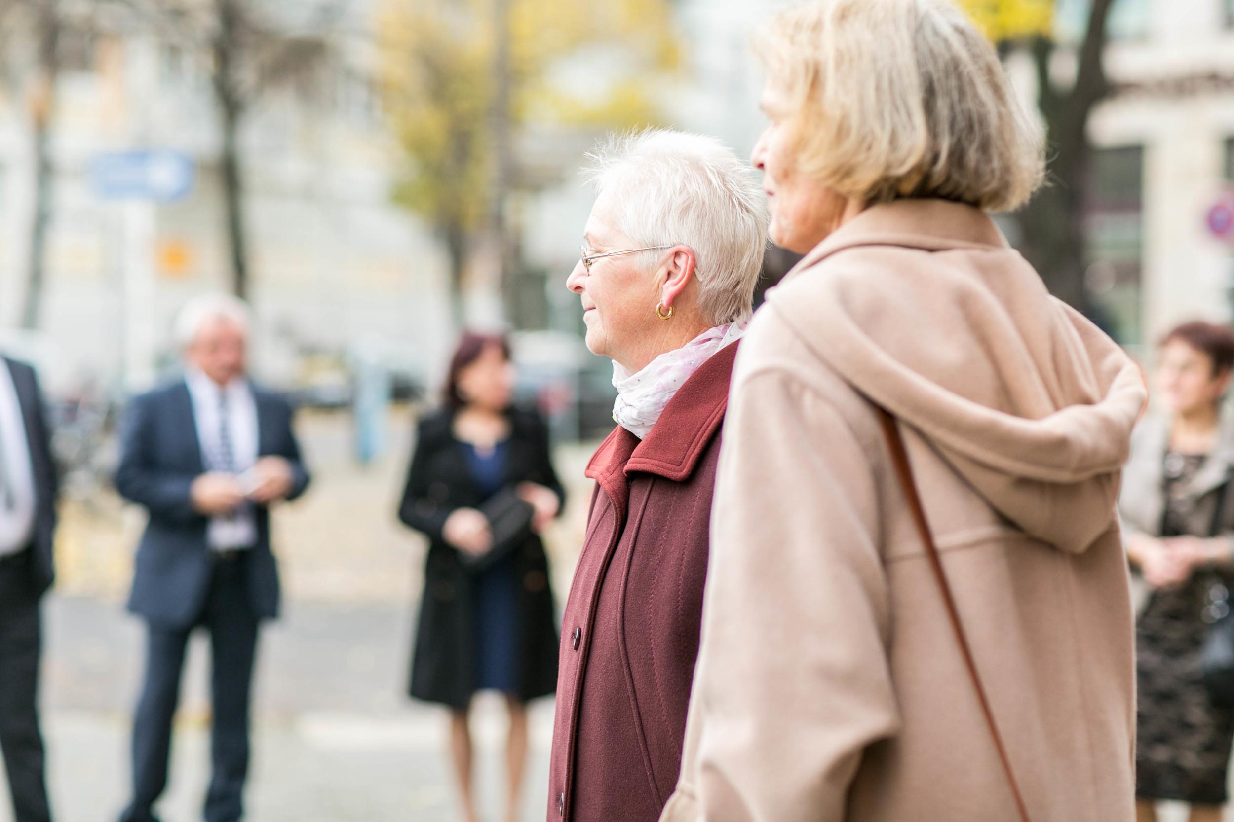 Fran Burrows Hochzeitsfotografie Berlin_Lichtenberg Standesamt-6.jpg