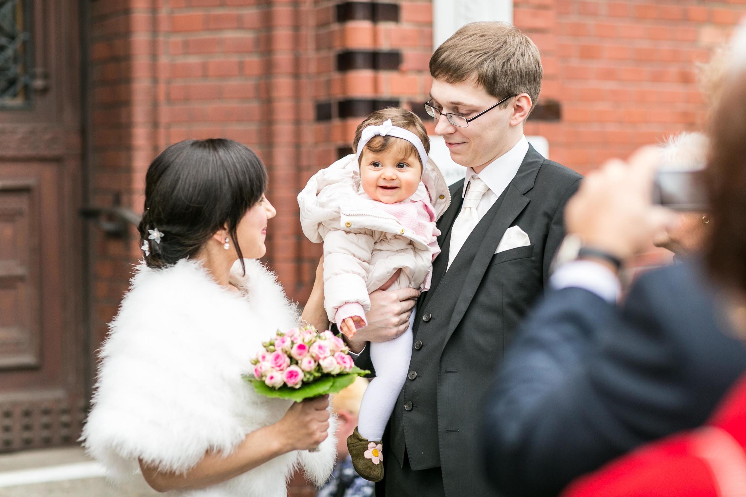 Fran Burrows Hochzeitsfotografie Berlin_Lichtenberg Standesamt-15.jpg