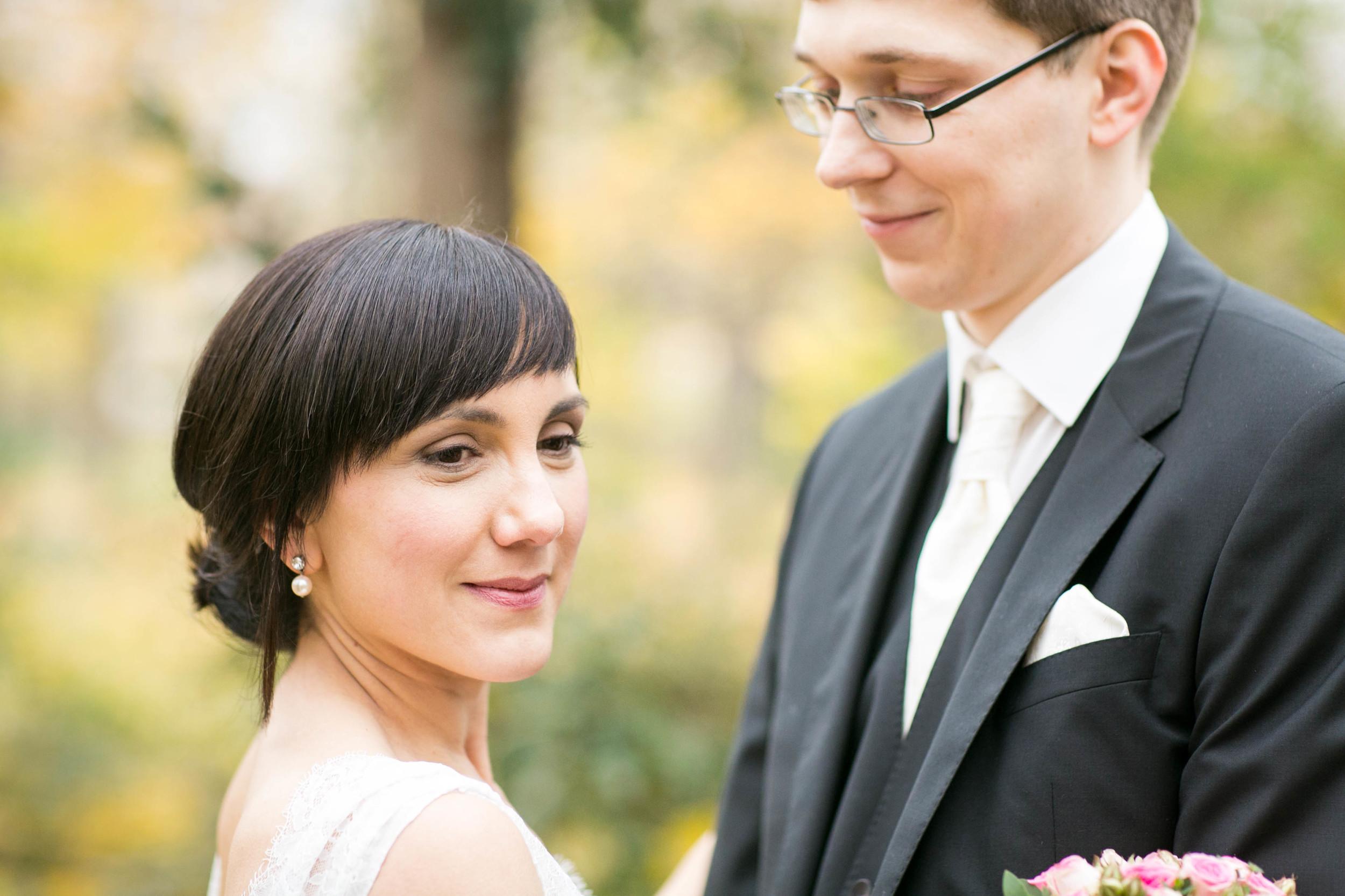 Fran Burrows Hochzeitsfotografie Berlin_Lichtenberg Standesamt-57.jpg