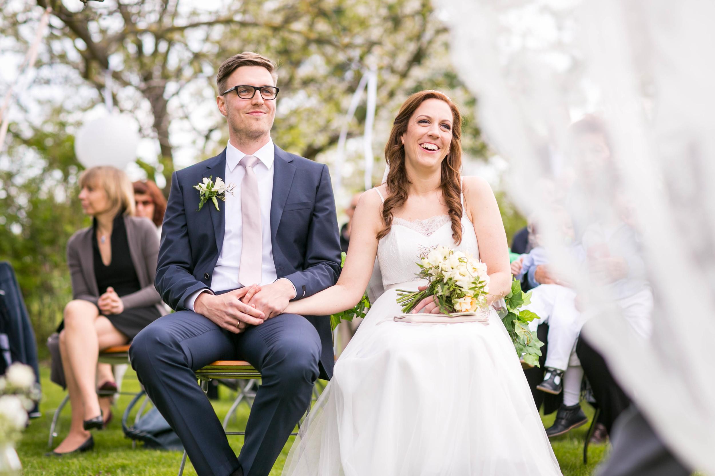 Berlin Hochzeitsfotografin Gartenglueck Wegendorf Hochzeitsreportage-47.jpg