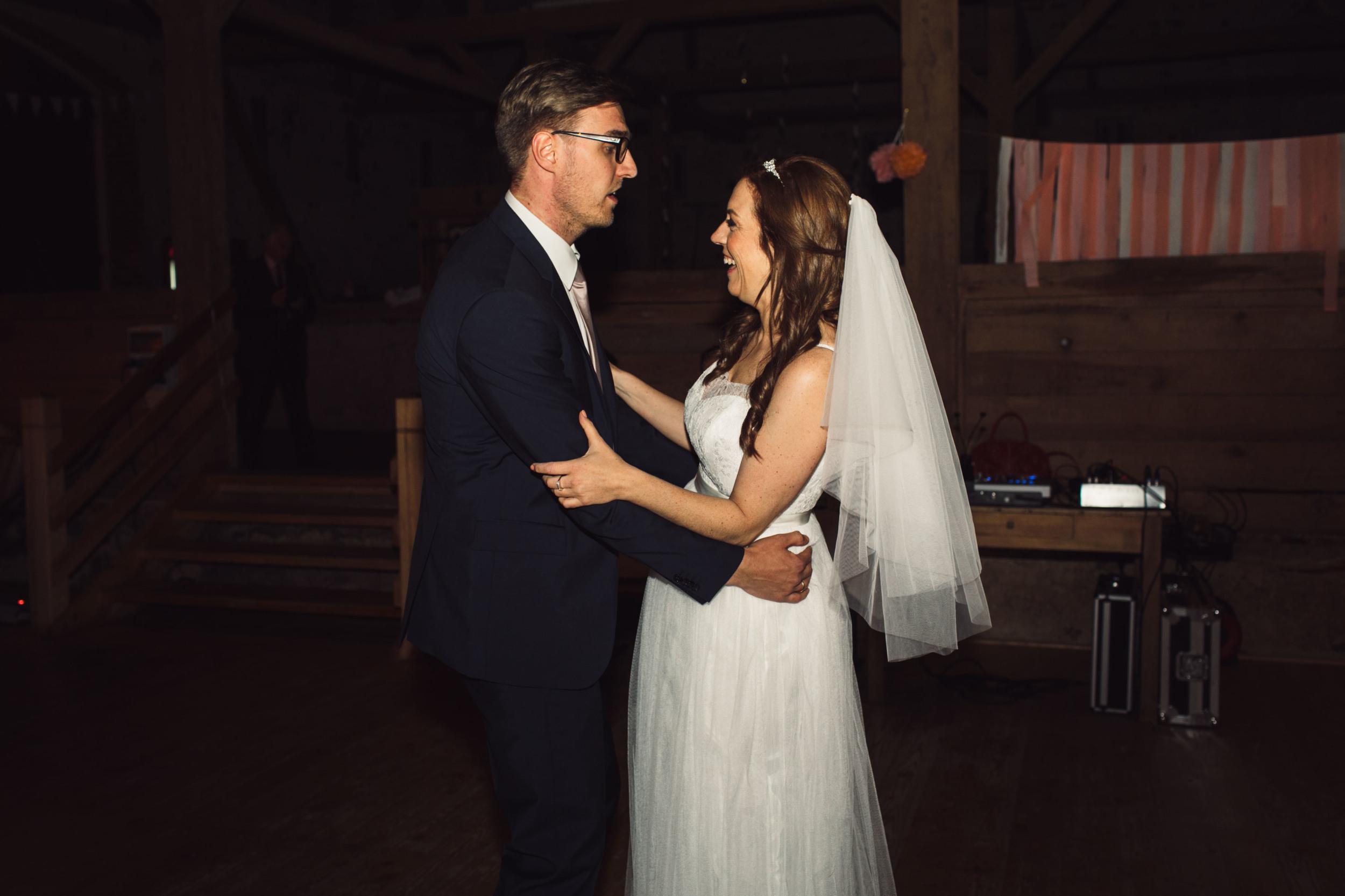 Berlin Hochzeitsfotografin Gartenglueck Wegendorf Hochzeitsreportage-105.jpg