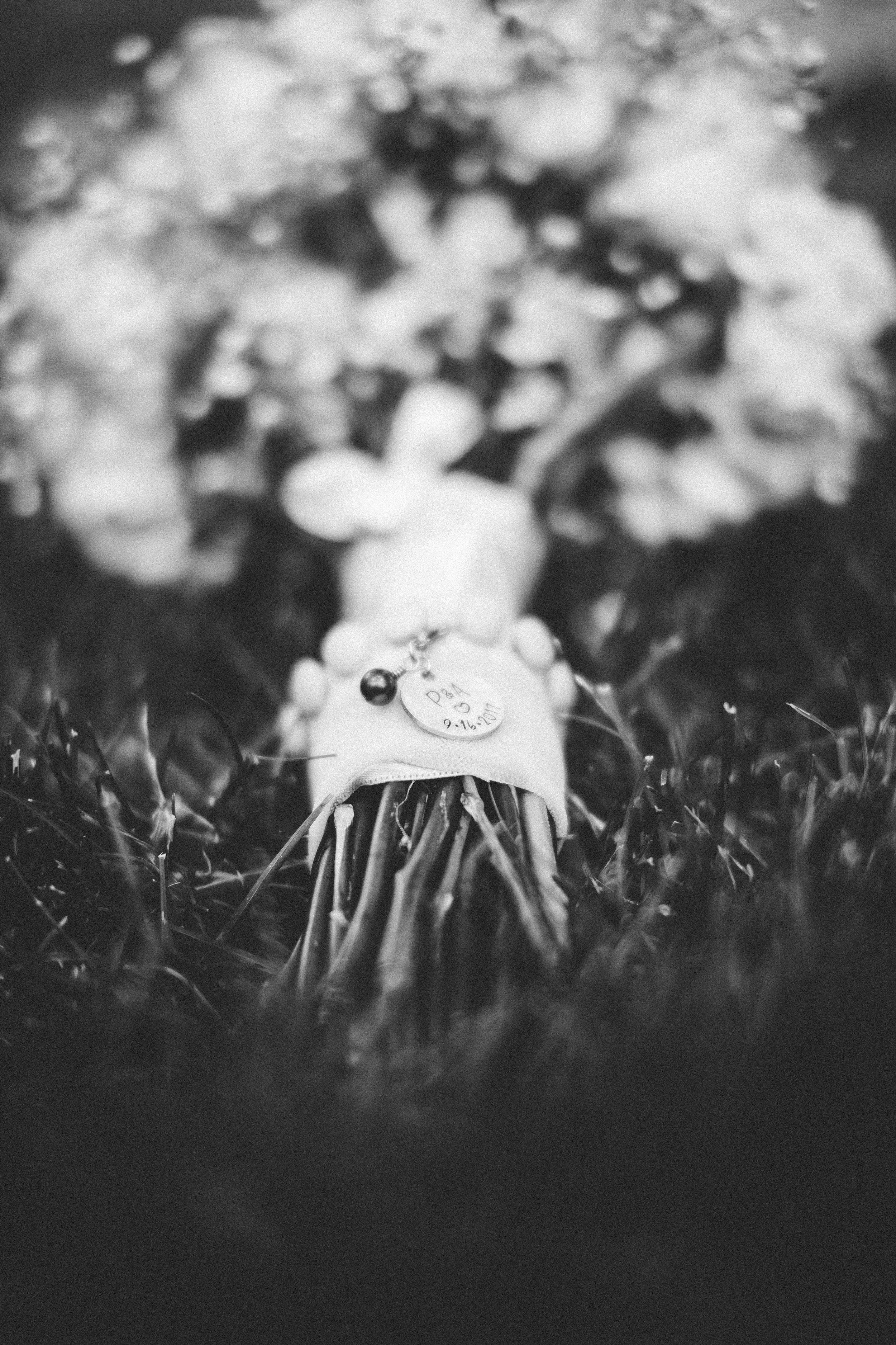 bouquet-charm.jpg