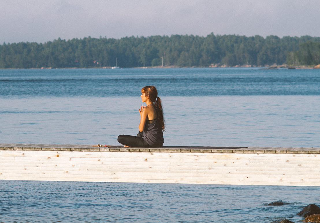 yoga-&-breakfast-2portra400NC+.jpg