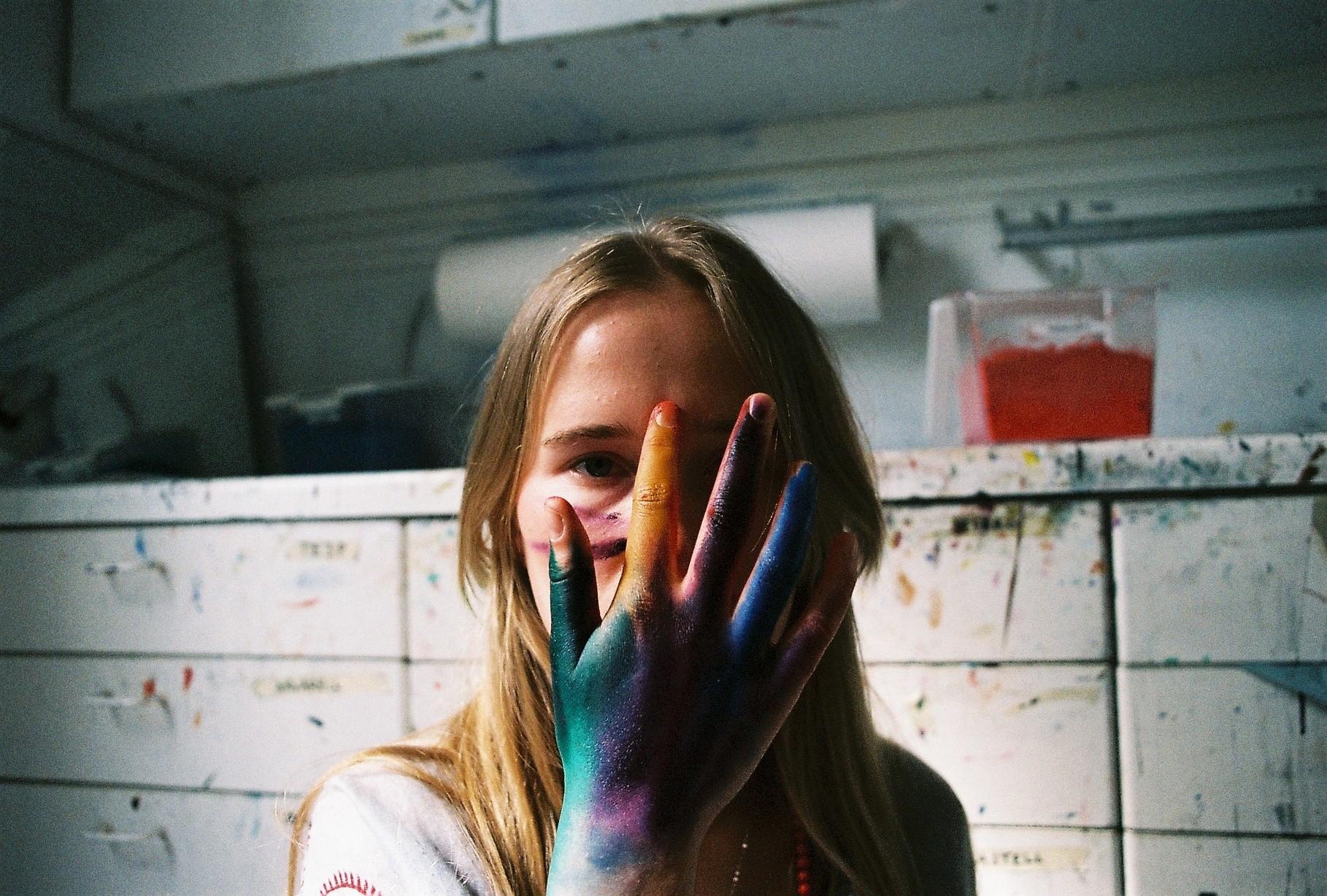 Colors. Anna