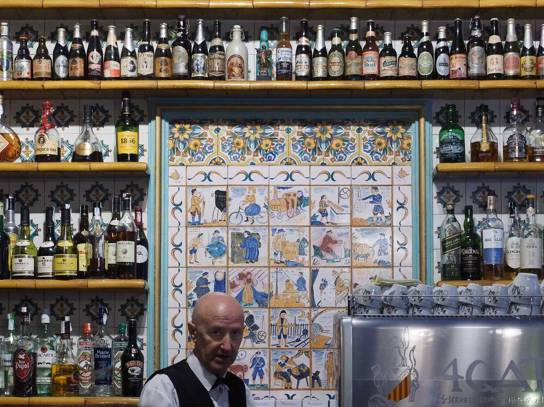 Bar and barman at the Els Quatre Gatsrestaurant
