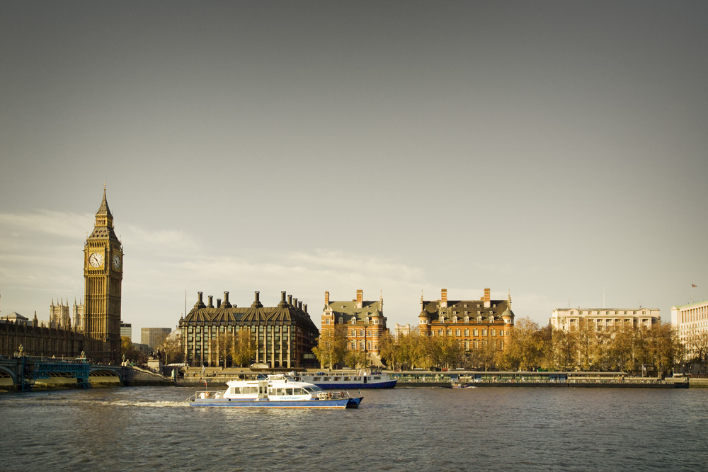 London-PU-224 as Smart Object-1.jpg