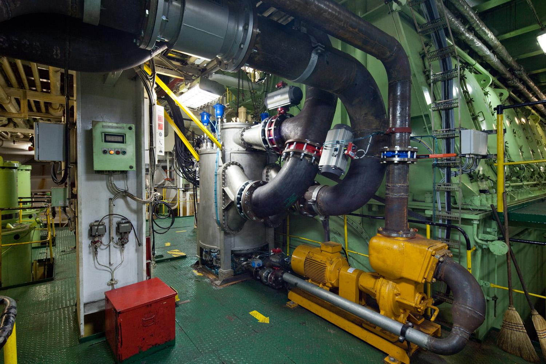 EPP-TUV1102-Engine-10.jpg