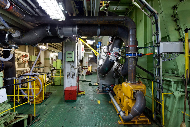 EPP-TUV1102-Engine-13.jpg