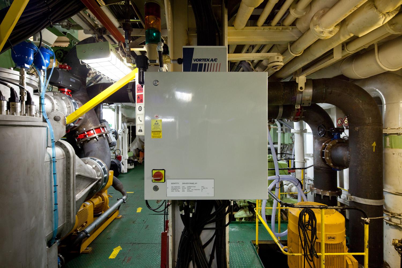 EPP-TUV1102-Engine-19.jpg