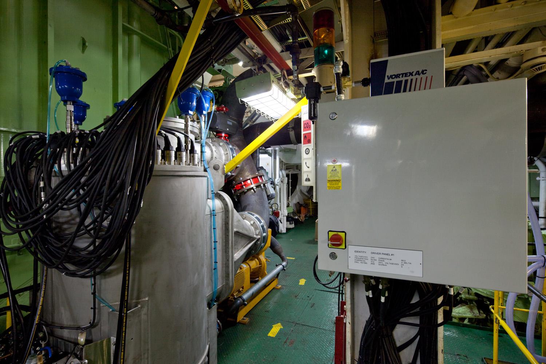 EPP-TUV1102-Engine-20.jpg