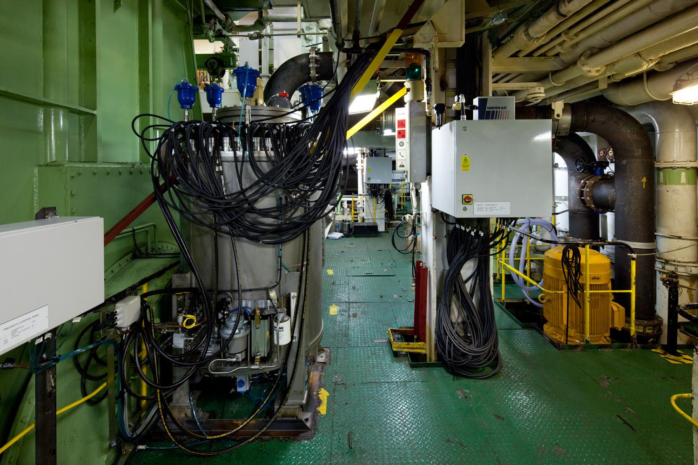 EPP-TUV1102-Engine-21.jpg