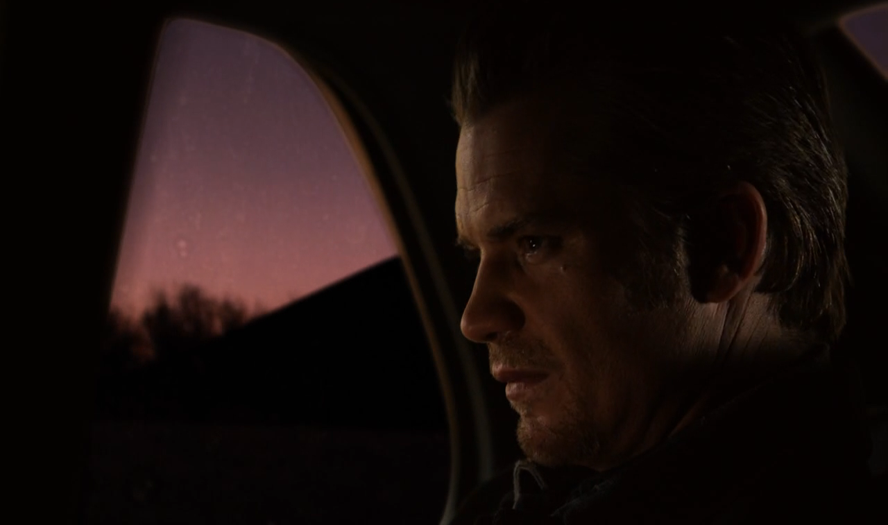 Justified s06e13 Driving Plates 04.png