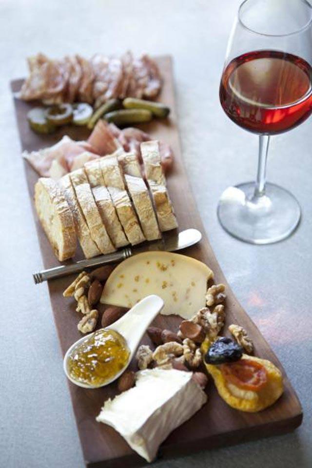 zibiru-italian-restaurant-seminyak-bali-maviba-rentals_02.jpg