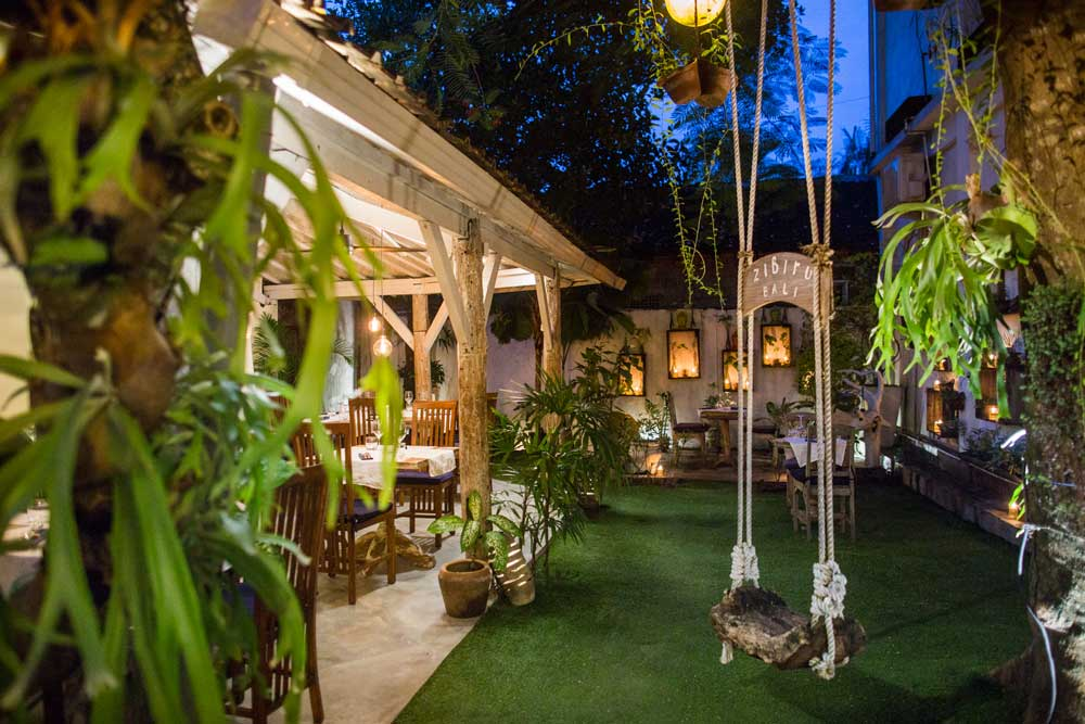 Romance in the garden. Book a table for your special occasion.