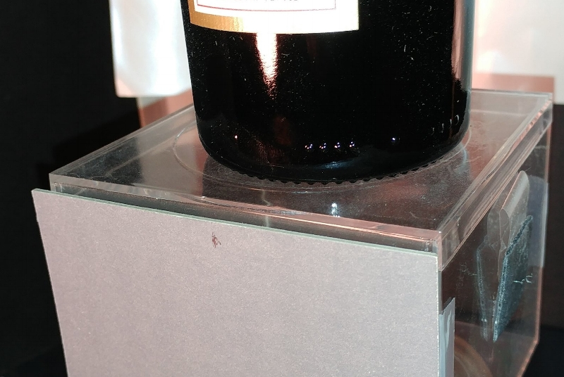 Using a Gray Card Ensures a Top Quality Wine Bottle Image