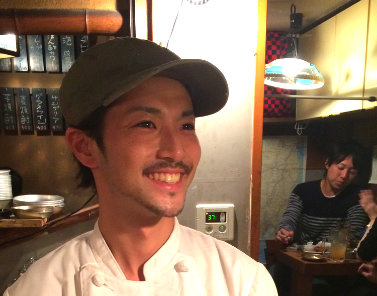Tatsuya är en kille med rötter i två olika landsändar; mamma kommer från Okinawa längst i söder och pappa är från Tottori på Honshus västkust. I framtiden vill han driva krog i Tottori.