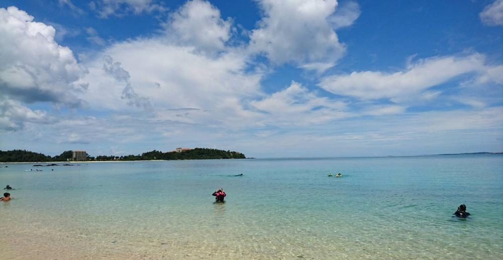 Okinawa erbjuder fina vatten för alla sportdykare.  Foto: Miyuki Asano
