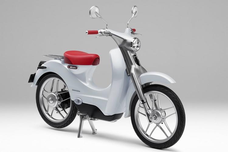 En elektrisk version av Super Cub kanske lanseras redan i år..  Foto: Honda Motors
