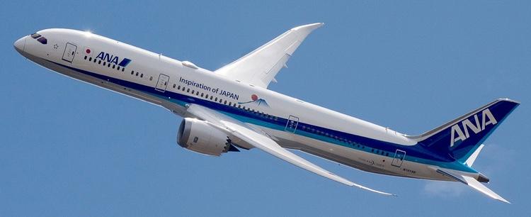 ANA flyger flest Boeing 787 Dreamliner i världen. Nu ska japanska företag hjälpa Boeing att utveckla elektriska passagerarplan.  Foto: pjs2005 (Creative Commons license)