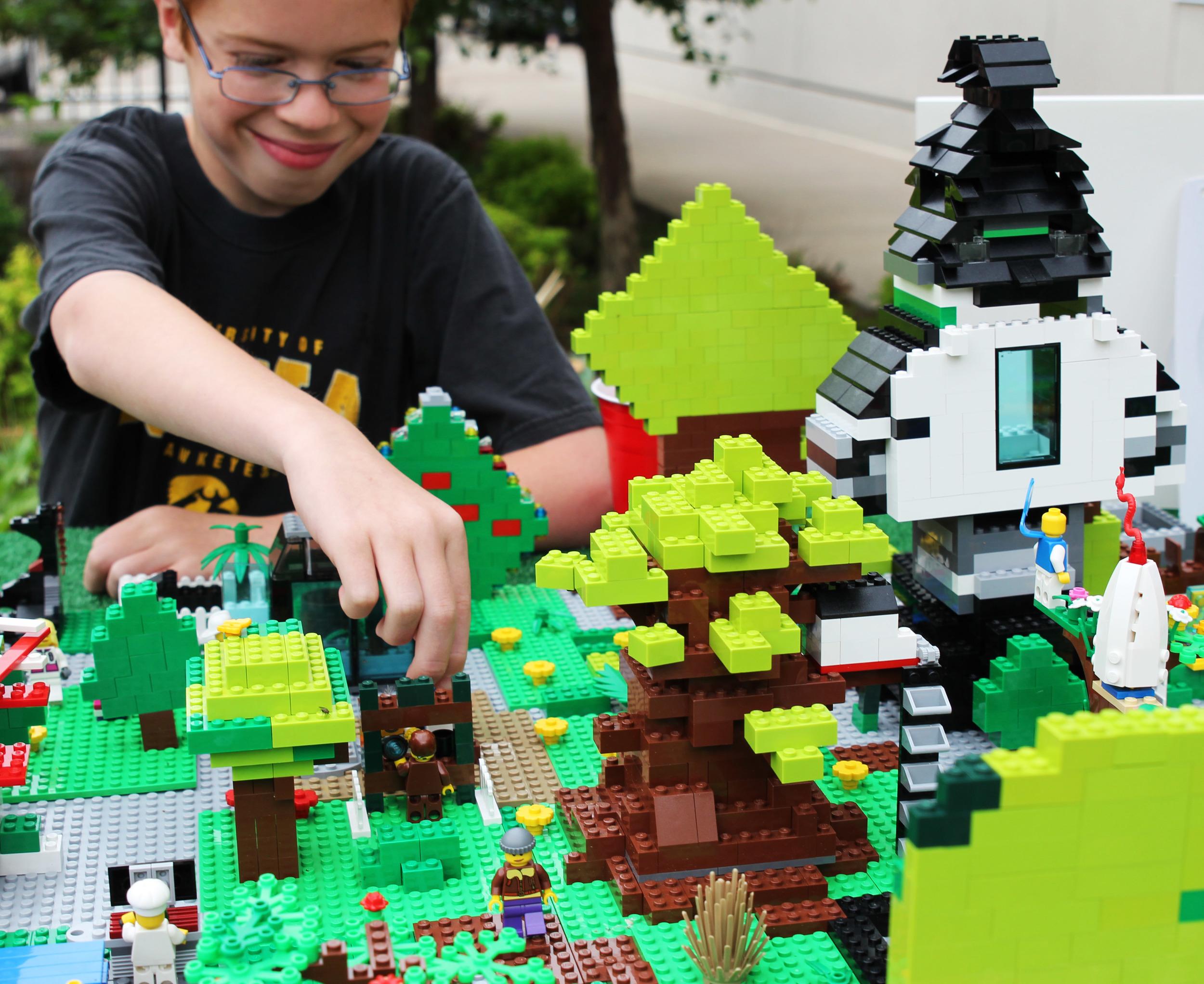 Legos Represent