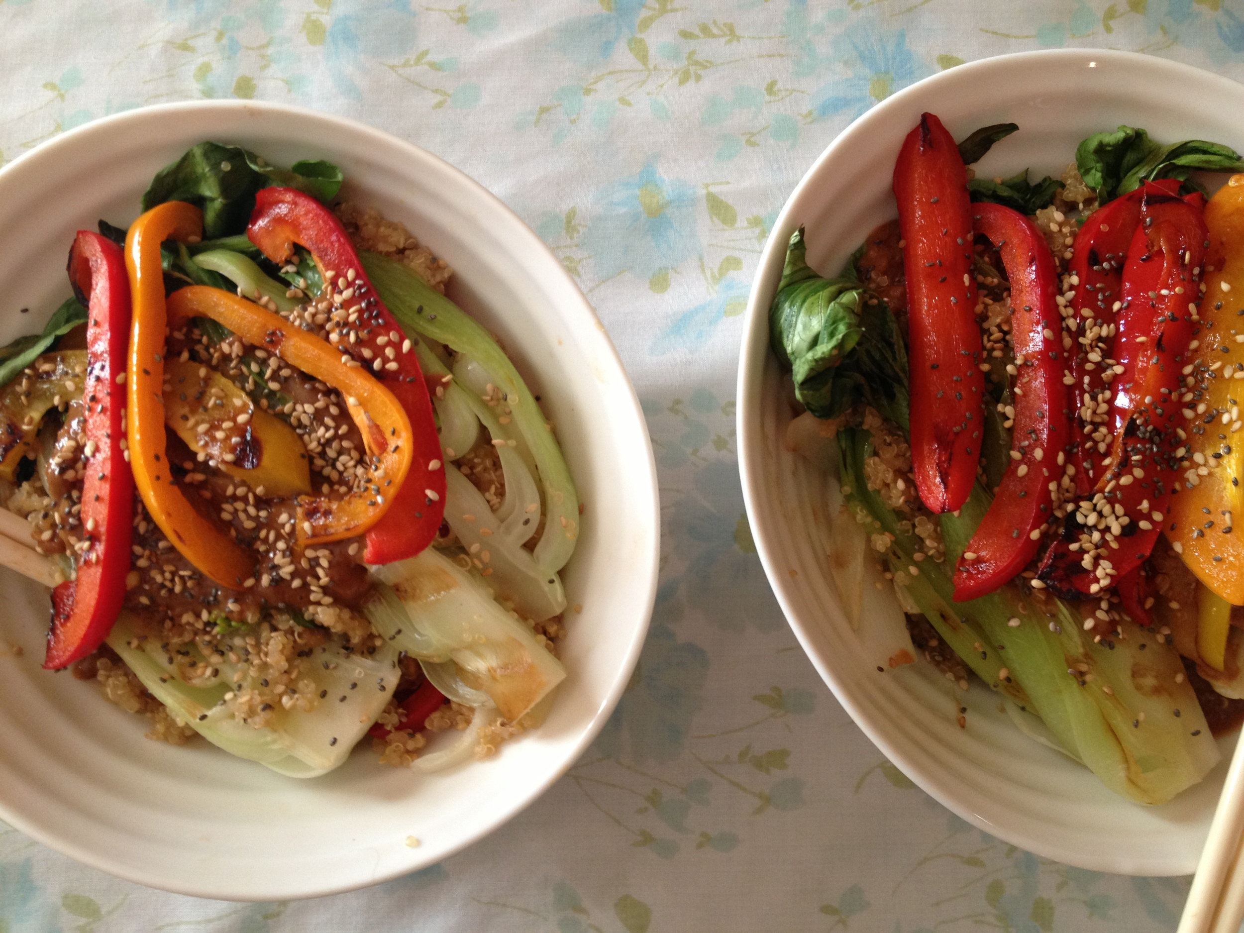 Healthy Thai peanut stir fry recipe - FitCakery.com