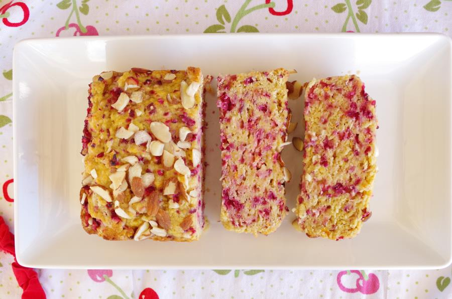 GLUTEN-FREE CRANBERRY ORANGE LOAF RECIPE -FITCAKERY.COM