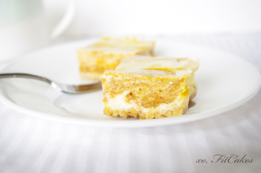 http://fitcakery.com/home-page/2014/9/23/pumpkin-cheesecake-for-everyone