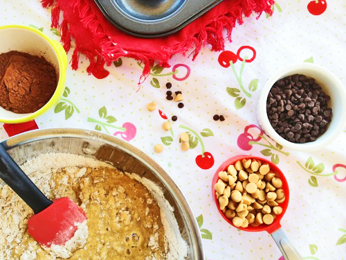 8 Great Tips for How To Measure in Baking and Cooking - FitCakery.com