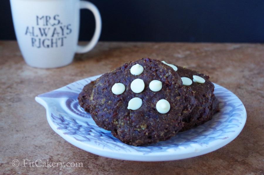 Brownie Oatmeal Breakfast Cookies  (vegan)