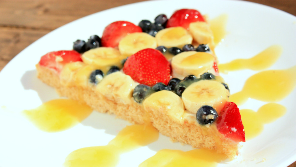 44 Delicious + Healthy Fruit Desserts {vegan + special diets included!} | FitCakery.com