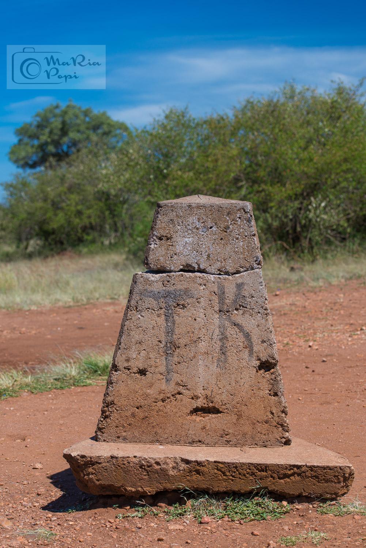 THE BORDER BETWEEN SERENGETI,TANZANIA AND MAASAI MARA, KENYA