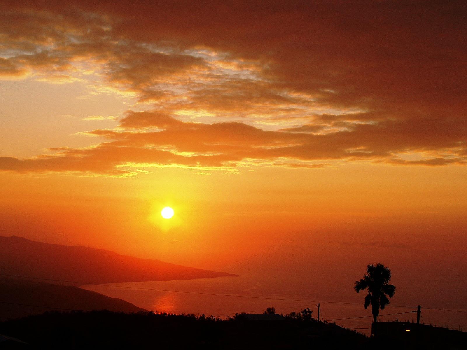 Jamaica_sunrise.jpg