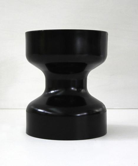 korban flaubert_black tuff stool