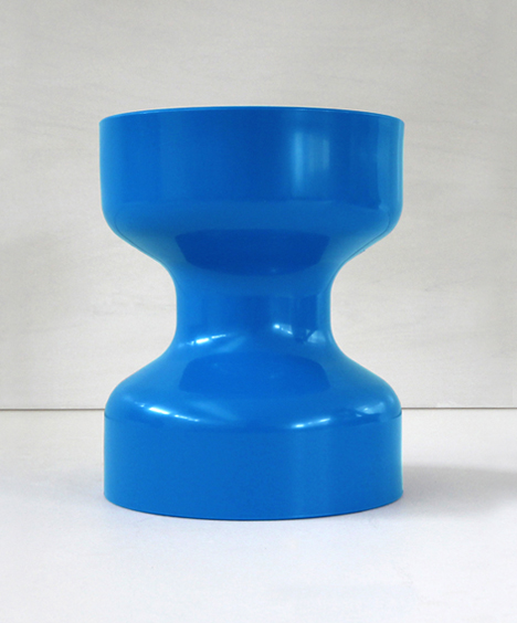 korban flaubert_blue tuff stool